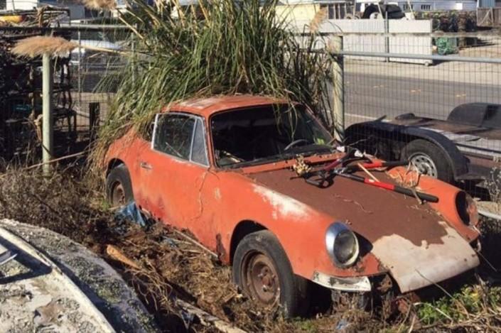 Porsche 912 rusty da restaurare in vendita