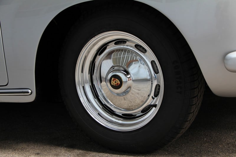 1961-Porsche-356-BT5-cabriolet-heron-grey