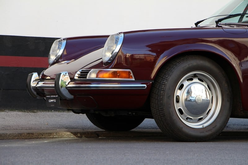 1969-porsche-911-2-0-t-coupe-burgundy-red-corato-alonso-authentic-porsche-restoration