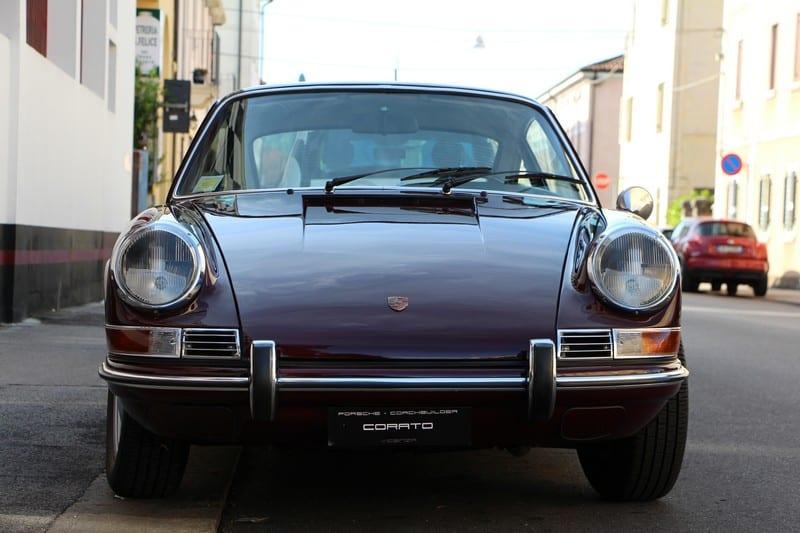 1969 Porsche 911 2.0 T coupè burgundy red