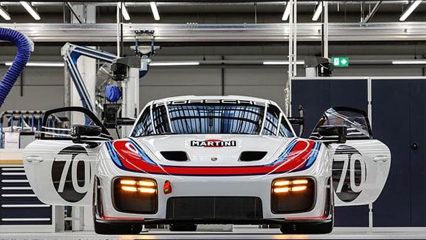 """Dopo 40 anni, una nuova Porsche 935: l'erede della """"Moby Dick"""""""