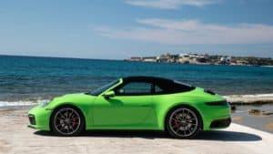 Nuova 911 Carrera Cabriolet: tettuccio leggero, con caratteristiche da coupé