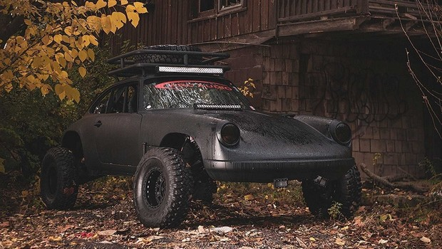 "Porsche Baja 911: un'auto ""da guerra"" in vendita su eBay"
