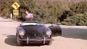 Addio al divo di Beverly Hills 90210 Luke Perry: nel telefilm alla guida di una Speedster