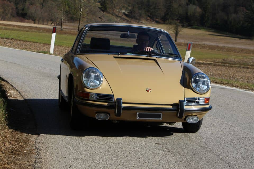 porsche-for-sale-1967-porsche-911-2-0-s-coupe-sand-beige